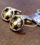 Запонки в виде футбольного мяча