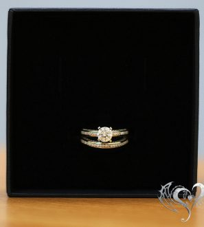 Шикарное двойное кольцо на помолвку