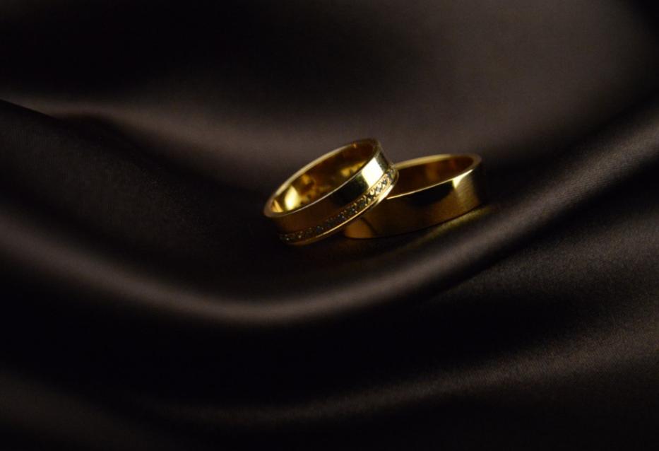 7 подсказок: как выбрать правильные обручальные кольца?
