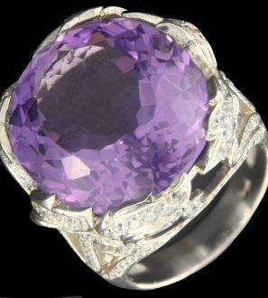 Кольцо аметист (23 ct), цирконы, р.18,0 серебро 925 пробы